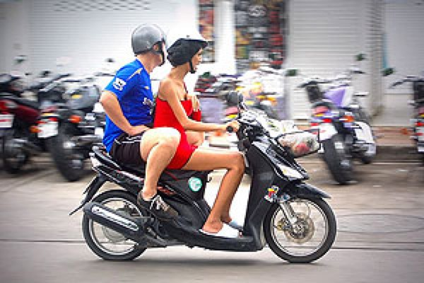 rent moped